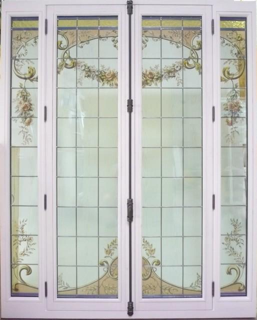 Menuiserie Bois Sur Mesure : Fen?tre patrimoine avec restauration et incorporation de vitraux